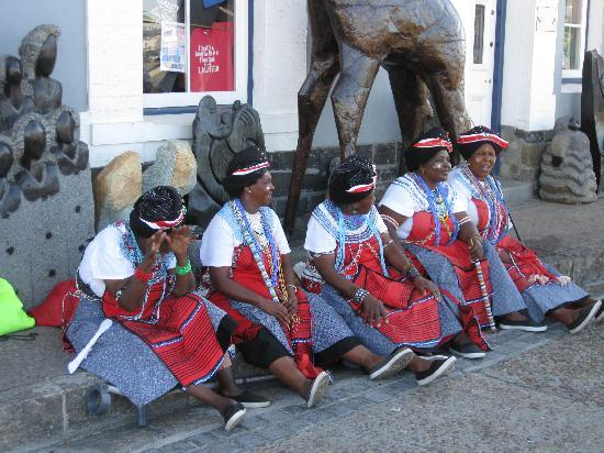 Cape Grace: African Ladies at the Waerfront