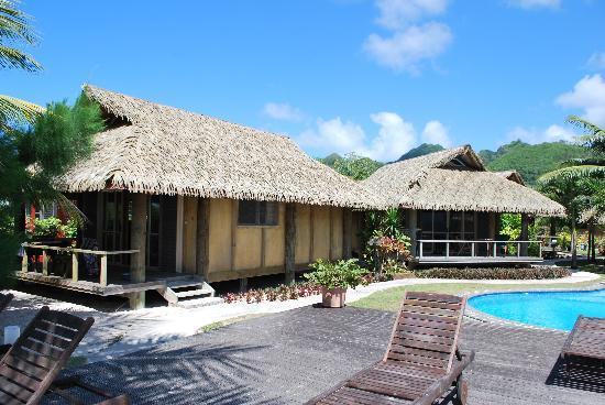 Muri Beach Hideaway: The beachfront bungalow