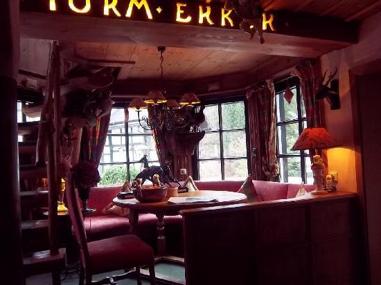 Relais & Chateaux Hotel Jagdhof Glashuette: et l'intérieur du bow-window