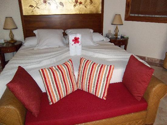 Paradisus Rio de Oro Resort & Spa: Bed in Royal Service Master Junior Suite OceanView