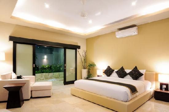Lima Puri Villas Bali: En-Suite 2nd King Size Bedroom