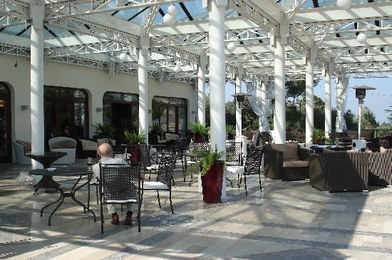 Tui Sensimar Grand Hotel Nastro Azzurro: hotel terrace