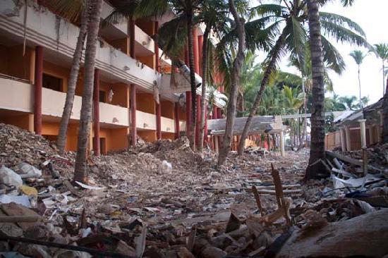 Iberostar Dominicana Hotel: Domenica hotel in rubble