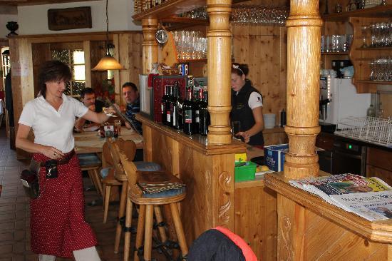 Cafe Restaurant Zenz'n Stub'n : Bar