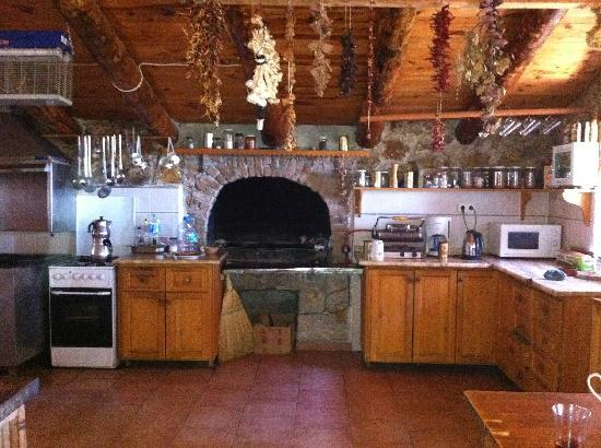 Blacktree Farm and Cottages: The beautiful kitchen!