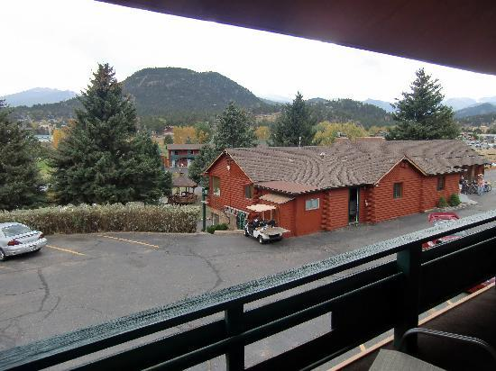 Discovery Lodge: view from balcony