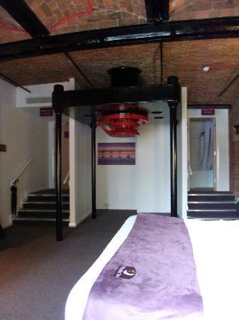 Premier Inn Liverpool City Centre: Chambre 177