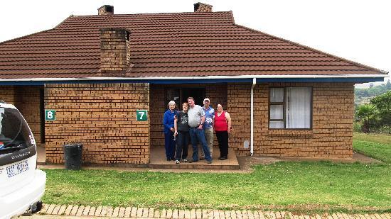 Mogodi Lodge : Adjacent chalets for larger families