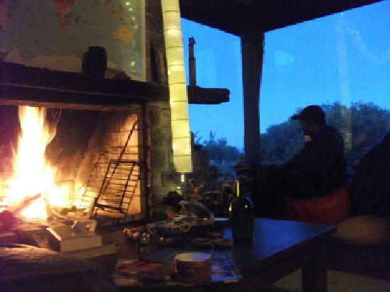 Posada Hostel La Casa de la Luna: El fogon !!