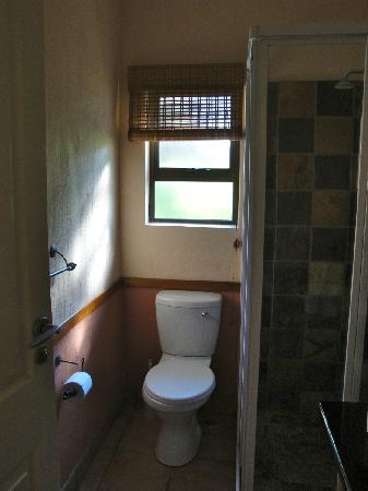 Kiara Lodge: 2nd bathroom