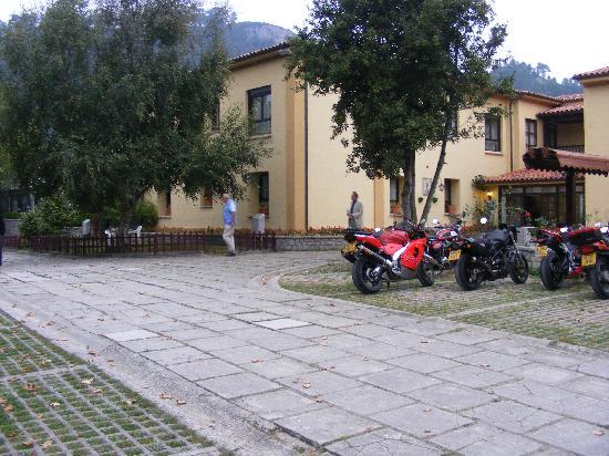 La Franca, Spain: Hotel front entrance