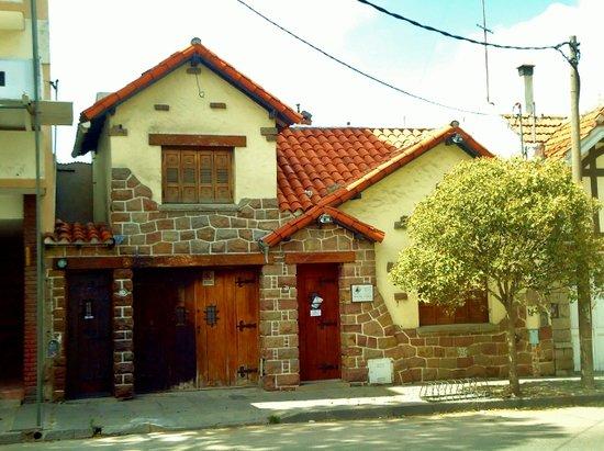 Casa particular frente piedra mar del plata picture of for Casa musica microcentro