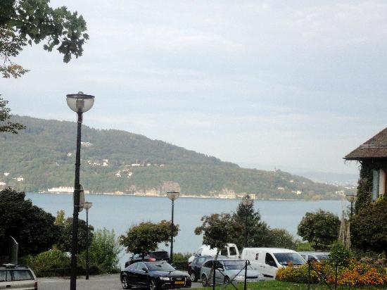 Logis La Villa du Lac Hotel: View from hotel