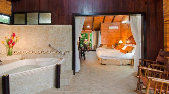 Hotel Montana de Fuego Resort & Spa: Bungalow Jn Suite