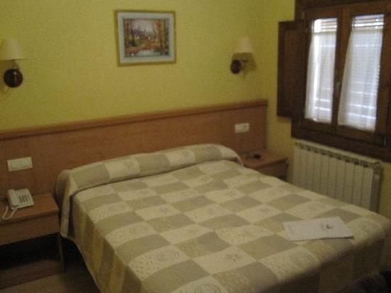 Hotel Ripoll: Habitación