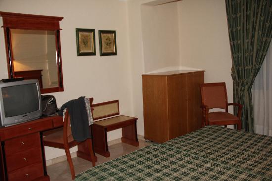 Hotel Sacromonte: room