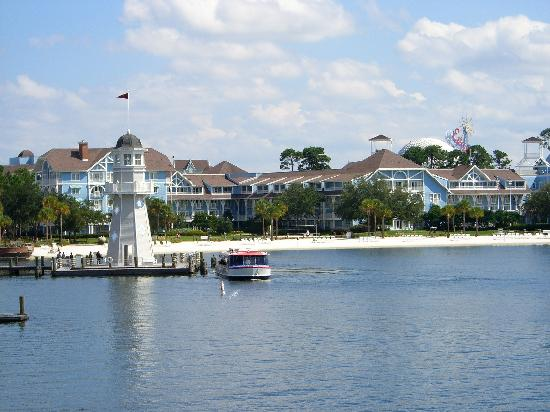 Disney's Beach Club Resort: View of the lighthouse from across the lake