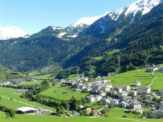 Bernina Express : Village coming down towards Italy.