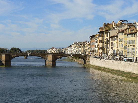 เดอะเวสทิน เอ็กซ์เซลซิเออร์ ฟลอเรนซ์: The Arno