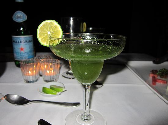 Nectar at Florblanca Resort: Electric Mint Lemonade Pairing