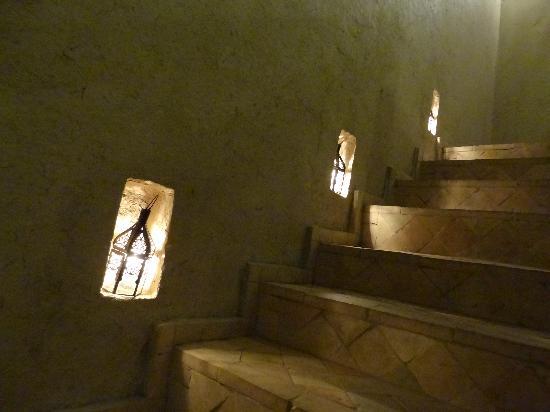Dar Chamaa: Stairs
