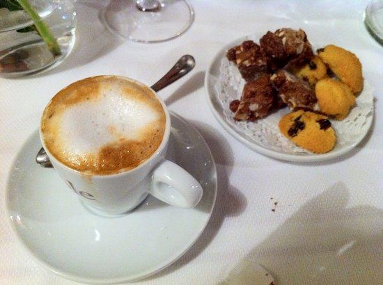 Noventa di Piave, İtalya: caffè
