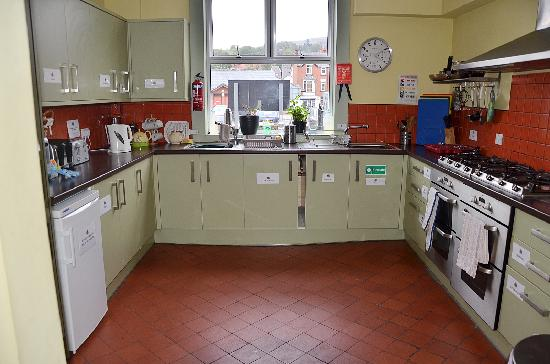 Llangollen Hostel Kitchen
