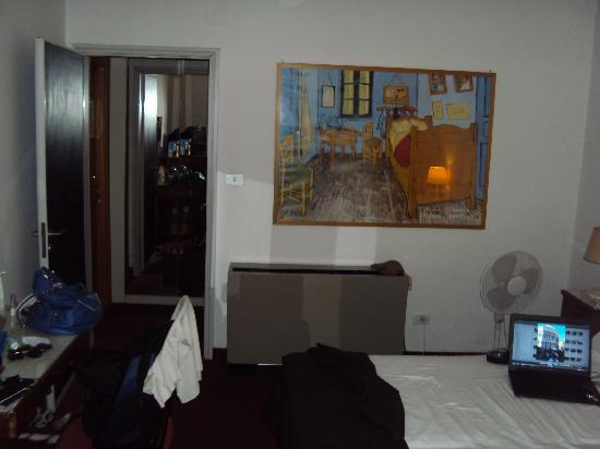 Hotel Dante: Quarto/Room