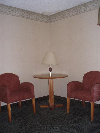 Holiday Lodge Hotel & Conference Center: Seating