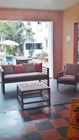 Civic Guest House Backpackers Hostel: New Lounge with Chessbord