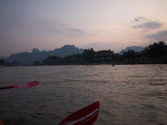 Vang Vieng, Laos: Water games at the river pubs only by tubes or kayak