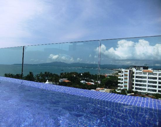 Marival Residences Luxury Resort: Plunge Pool