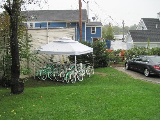 كينيبانك بورت إن: Complimentary bikes are available for guest use.