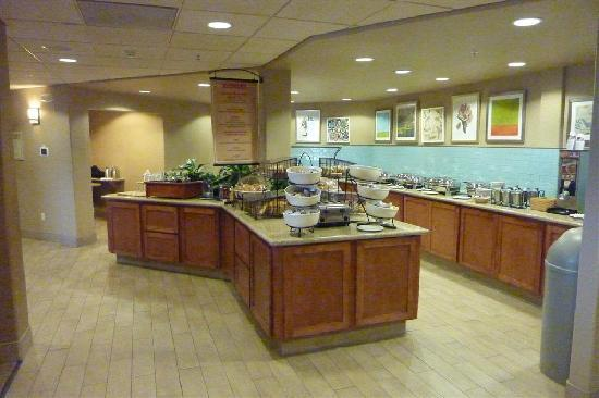 Hilton Garden Inn Pismo Beach: Breakfast Buffet