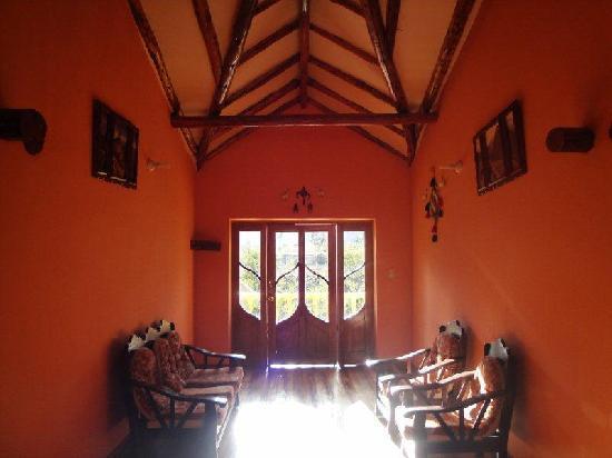 Tunupa Lodge : hallway