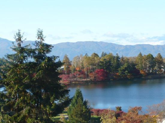 Resort Hotel Tateshina: レストランから見る蓼科湖