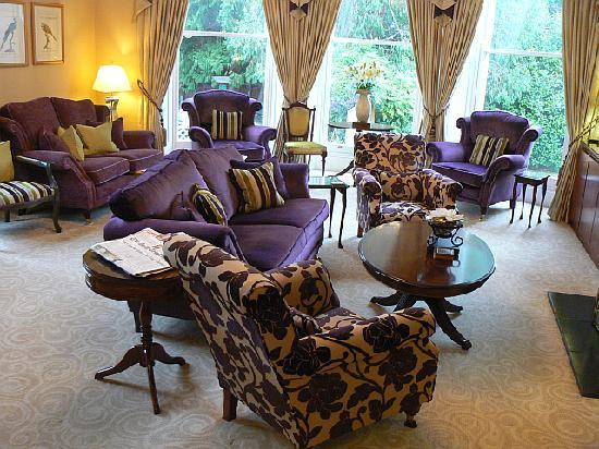 Beaumont House: Lounge
