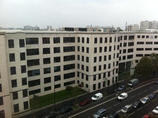 Adagio Access Saint Denis Pleyel: Aussicht aus dem Zimmer