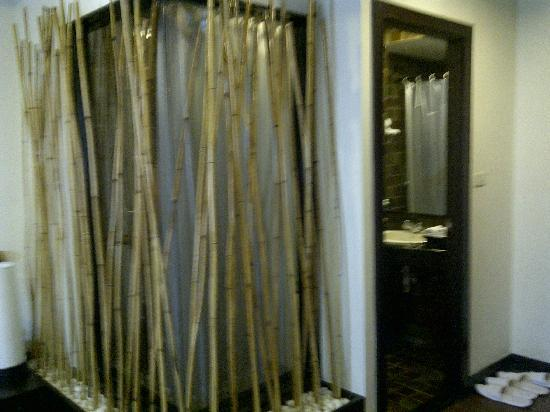 Bamboo House Phuket: look of shower area