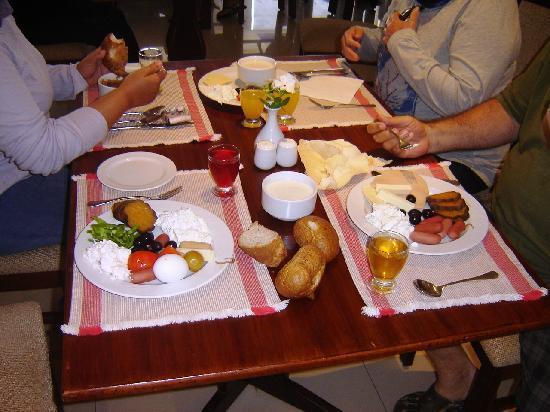 Helnan Marina Sharm: breakfast