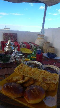Riad Amazigh Meknes: Our breakfast