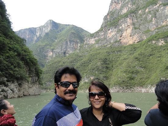 Three Gorges: beautiful scenery