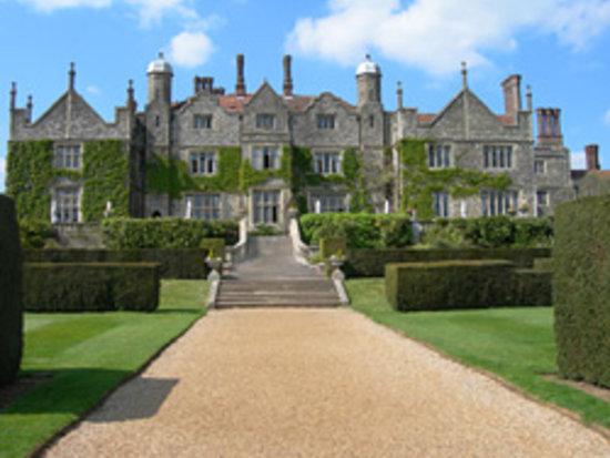 ‪إيستويل مانور: Eastwell Manor‬