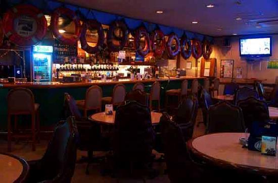 Seamen's Club Naha : Bar