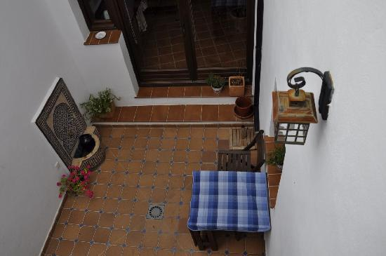 Boabdil Guesthouse: Patio interior