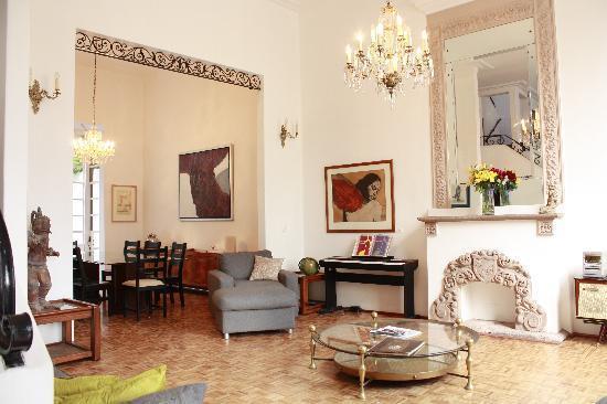 Sala y Comedor de Casa Comtesse