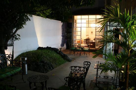 Casa Comtesse: Jardin Interior