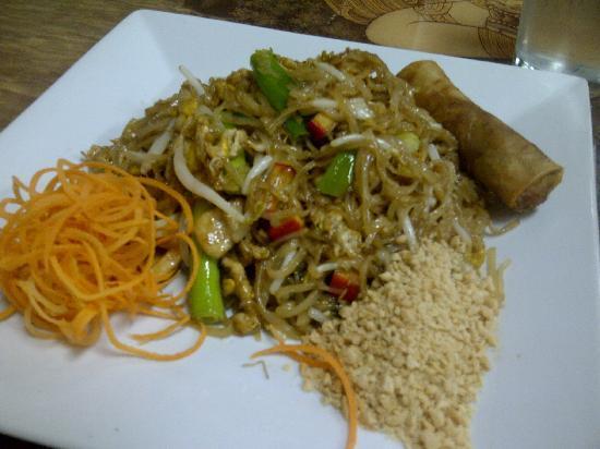 Thai Winchester: Chicken Pad Thai