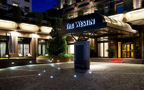 The Westin Palace, Milan: Entrance of The Westin Palace Milan