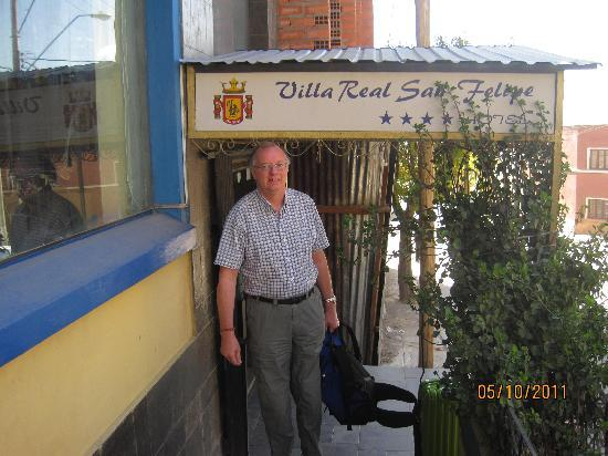 Hotel Villa Real San Felipe : Outside Hotel